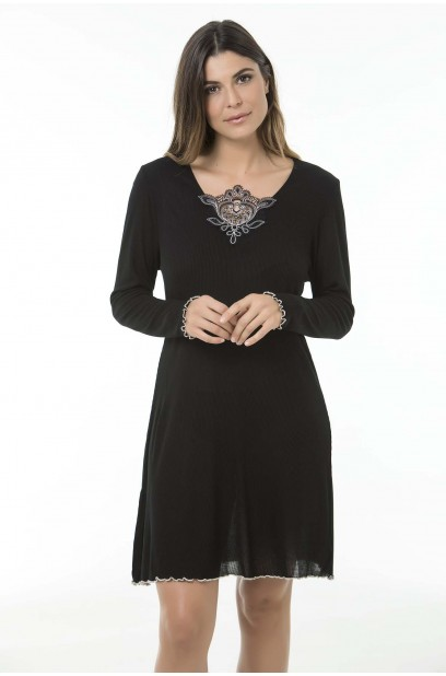 More about LONGSLEEVE NIGHTGOWN
